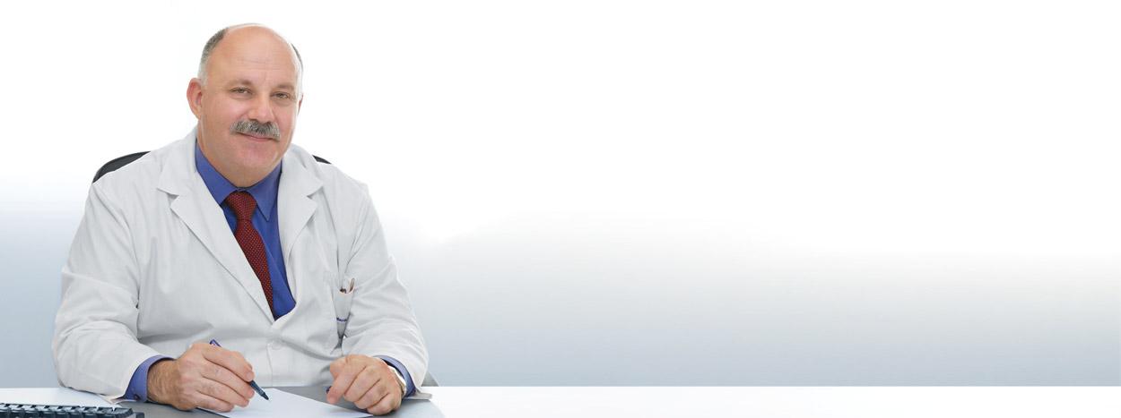 Doctor López Burbano, sociedades científias